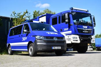 Die zwei neuen: Mannschaftstransportwagen (MTW, links) und Mehrzweckgerätewagen (MzGW)
