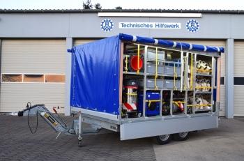 10.000 l/min Pumpleistung auf zwei Achsen: Auf dem Anfang 2017 in Dienst gestellten Tandem-Anhänger ist Ausstattung für Hochwasser- und Starkwettereinsätze geladen